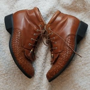 Ariat Vintage Camel colored ankle boots
